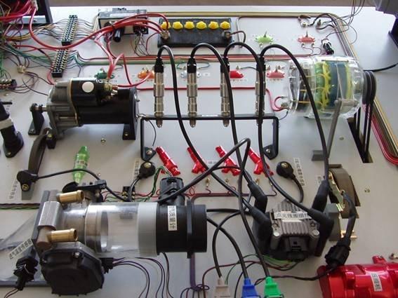 桑塔纳2000型电路仿真实验台