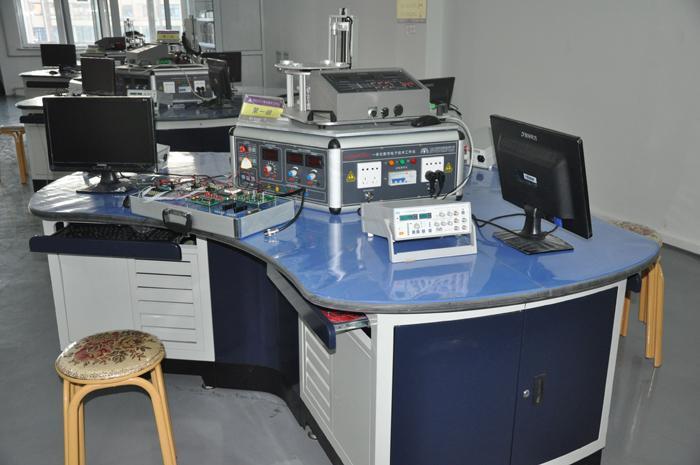实验室实景参考图片